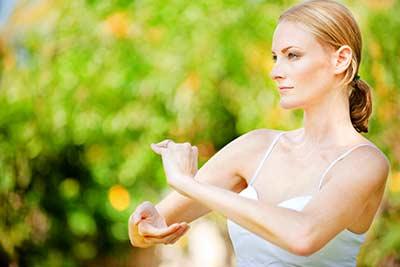 Fernstudium Kursleiter für Meditation mit Bewegung & Klang